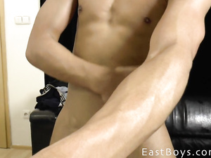 Teen gay demonstrates awesome nude posing show