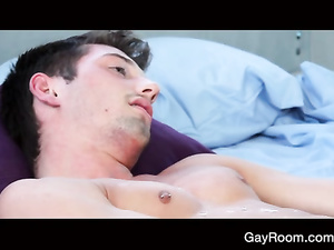 Photographer seduces sexy shaped model gay guy