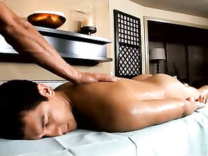 Gay boy doing massage can't keep from anal sex