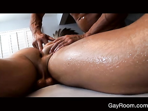 Massage was too hot and exciting to not getting fucked