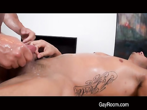 Twink feels hot from exciting smooth massage