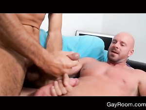 Hard tight muscled hunk is getting fucked like a bitch
